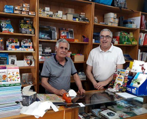 La papelería librería Mesa dona numerosos objetos e instrumentos al MAE